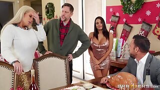 Horny For The Holidays Part 3 - Johnny Castle ass fucking broad in the beam booty Latina babe Luna Star