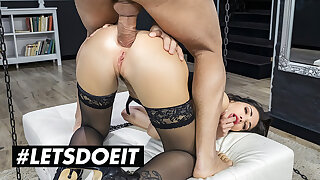 HER LIMIT - Cock Stimulated Clea Gaultier Hardcore Anal Pounding